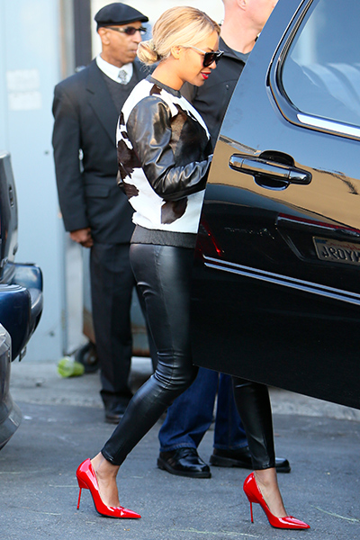 Beyonce wears Kurt Geiger London